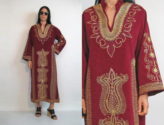 70s Embroidered Velvet Maxi Caftan Dress / Vintage