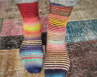 Ups and downs - hand knitted socks - superwash wool - size women M, eur 38-39