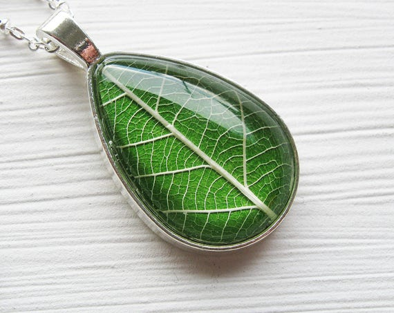 Real Leaf Necklace - Grass Green Leaf Teardrop Necklace