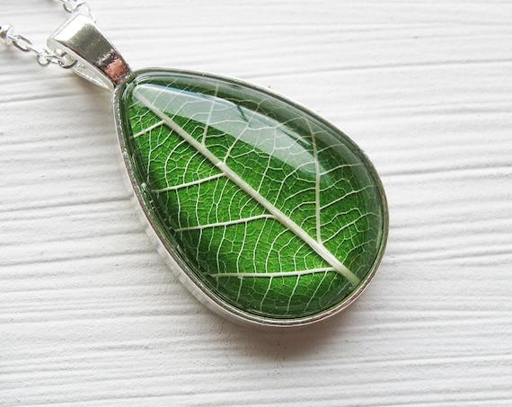 Real Leaf Necklace - Grass Green Leaf Teardrop Necklace