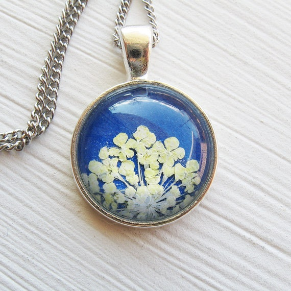 Real Pressed Flower Necklace - Cobalt Blue and White Pressed Flower Necklace - Round