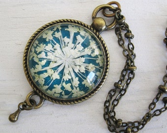 Real Pressed Flower Necklace - Turquoise Queen Annes Lace Vintage Inspired Necklace