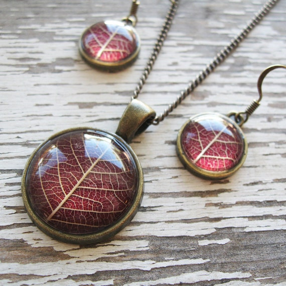 Real Botanical Jewelry Set - Maroon Leaf Jewelry Set