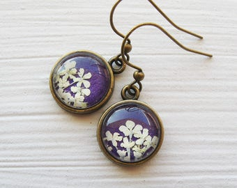 Real Pressed Flower Earrings - Tiny Round Real Queen Annes Lace Earrings - White and Violet