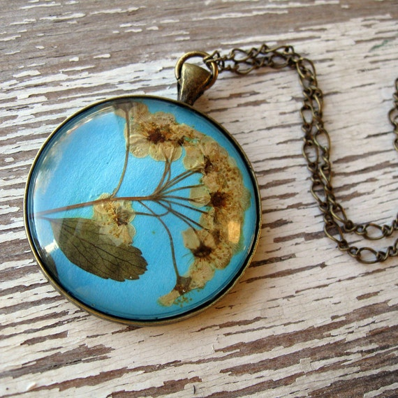 Real Pressed Flower Necklace - Antique Inspired Blue and Beige Pressed Flower Necklace