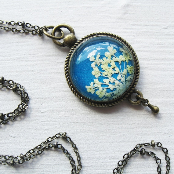 Mothers Day Gift - Real Pressed Flower Jewelry - Blue and White Queen Annes Lace Vintage Inspired Necklace