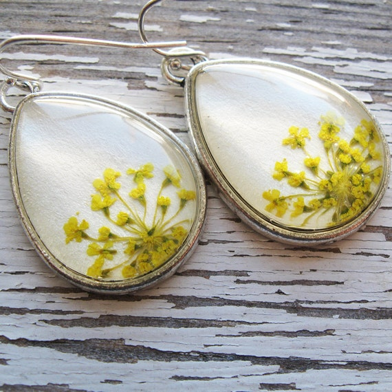 Real Botanical Earrings - Yellow and White Silver Teardrop Pressed Flower Earrings