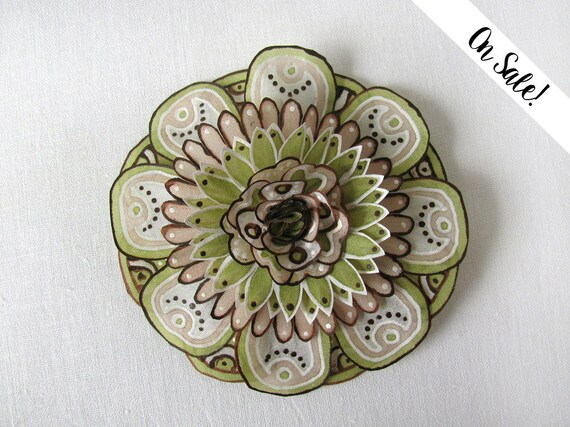 ***Item on sale*** Previous price : 31.50 EUR hand painted silk brooch brown and tan silk flower brooch Statement brooch Olive green