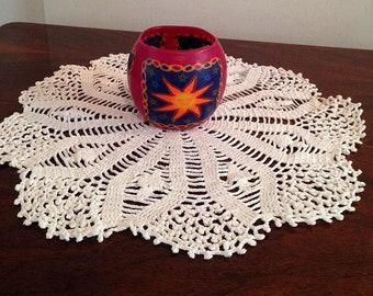 crochet cotton doily -acacia- heirloom quality