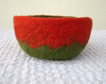 felted bowl -spring mood-