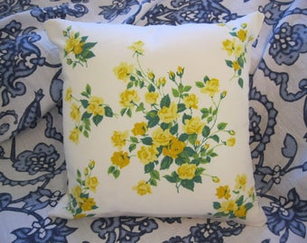 Vintage Wilendur Yellow Princess Roses Tablecloth Throw Pillow Cover