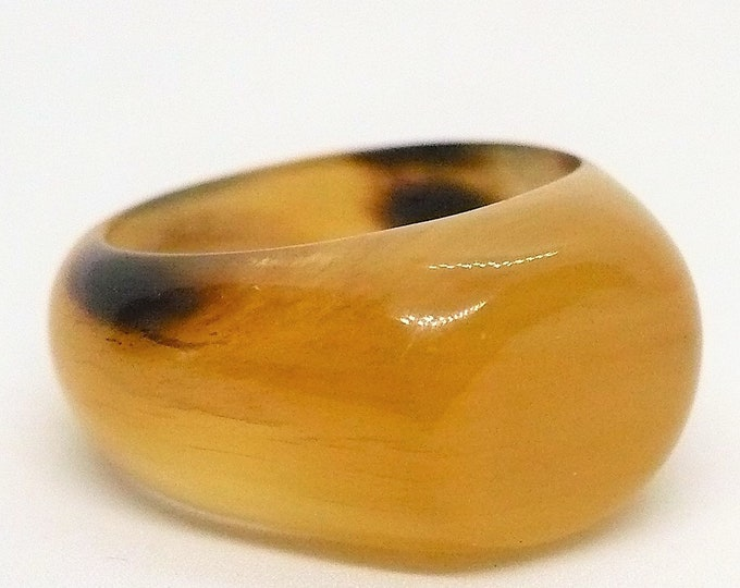 sz 9 1/4 Carved Bull Horn Dome Signet Ring