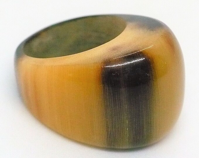 sz 6 1/4 Carved Bull Horn Dome Signet Ring