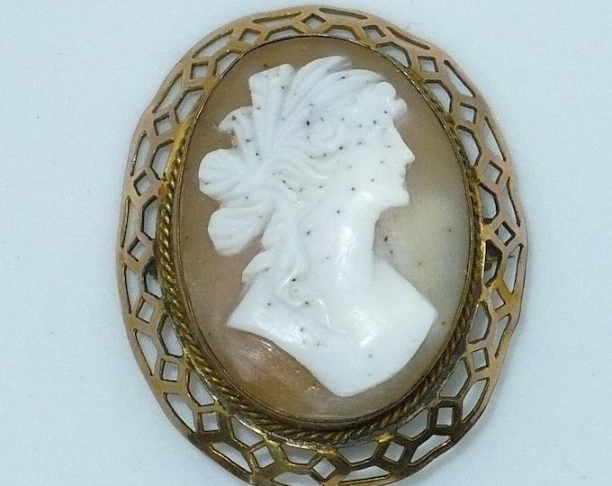 1910-1920's Antique Cornelian Shell Cameo Gold Pin Brooch