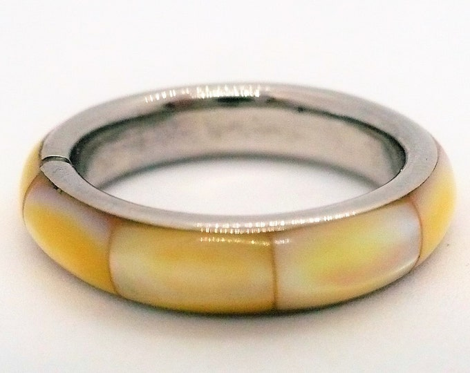 sz 7 1/4 Mother of Pearl Abalone Inlay Ring Vintage Jewelry