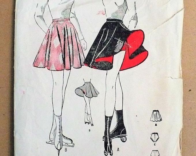 1940s Vintage Ice Roller Skating Skirt Panty Trunks Misses Sewing Pattern Butterick 3899
