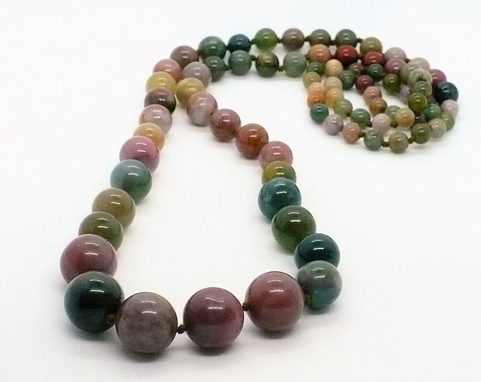 Indian Agate Graduated Bead Necklace 32 inch