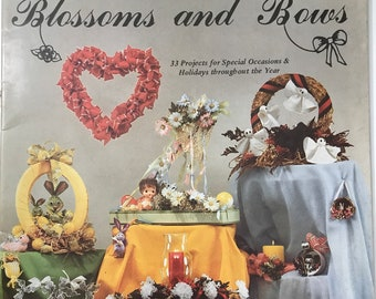 Easter Spring Blossoms & Bows Fabric Flower Making Craft Book Projects DIY Vintage Craft Supply Shabby Home Wedding