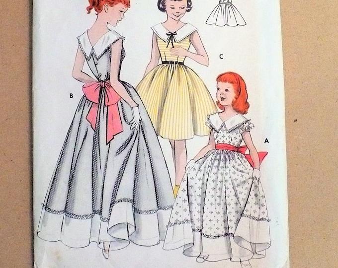1950s Vintage Girl's Full-Skirted Dress Elastic Waist at Back Butterick Sewing Pattern 7333