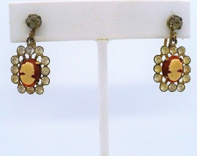 1950's Vintage Lucite Cameo Drop Screw Back Earrings