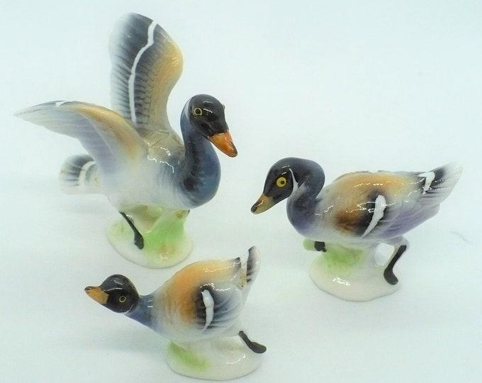 Set of 3 Vintage Miniature Porcelain Duck Figurines