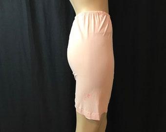 M/Tall Treat Rayon Panties Hammock Crotch 1960s Pink Lingerie Medium