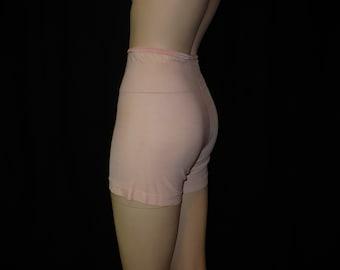XS Prettiest Peach Panties 1930s 1940s Vintage Panties Wartime Undies Locknit Rayon Tricot Pettipants