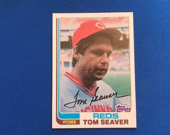 1982 Topps #30 Tom Seaver Reds HOF Baseball Trading Card Vintage Sports Memorabilia Collectibles