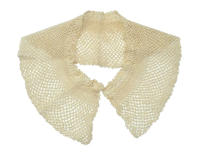 1930's Vintage Ecru Handmade Crochet Lace Collar