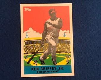 2007 Topps Flashback Fridays #FF3 Ken Griffey Jr HOF Cincinnati Reds Baseball Trading Card Vintage Sports Memorabilia Collectibles