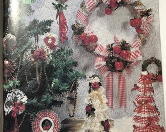 Craft Book  Holiday Ribbon Flowers  / Vintage Craft Supply / Get Lucky Vintage