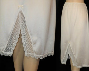 S Fancy Front Slit 1970s Vintage Half Slip Made in USA Small