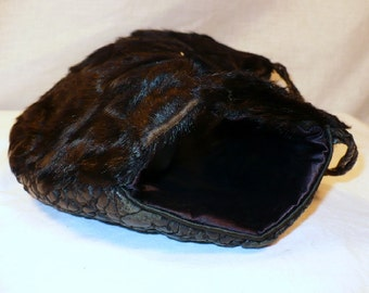 Hold Your Horses! 1930's Vintage Carriage Muff Black Combination Purse
