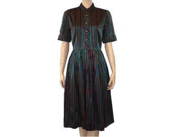 Striped Day Dress / 1950's Vintage Dress / Shirtwaist Dress / Medium 8 / Get Lucky Vintage