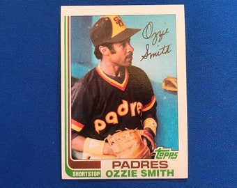 1982 Topps #95 Ozzie Smith HOF Padres Baseball Trading Card Vintage Sports Memorabilia Collectibles