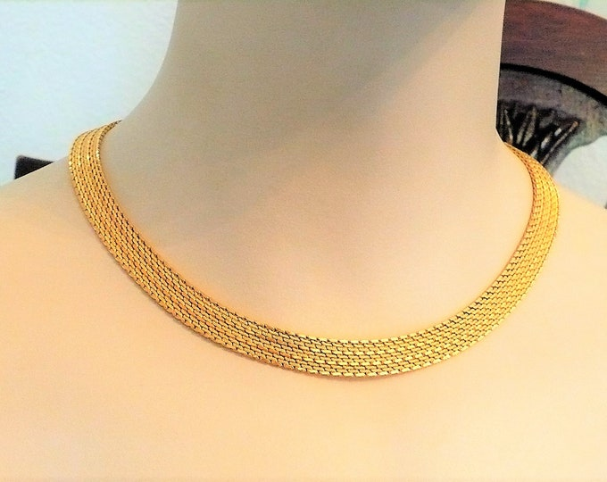 1940's Vintage Gold Tone Metal Mesh Necklace 17 inch