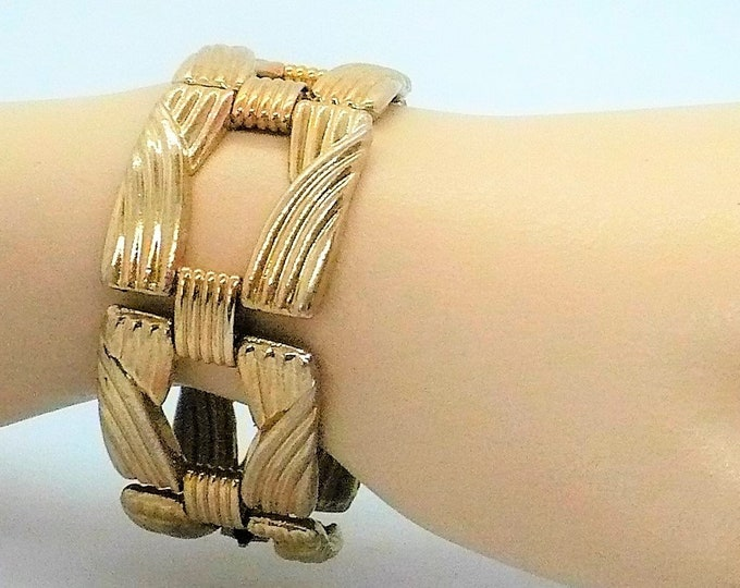 Chunky Gold Tone Link Bracelet 1960's Vintage Sarah Coventry Jewelry
