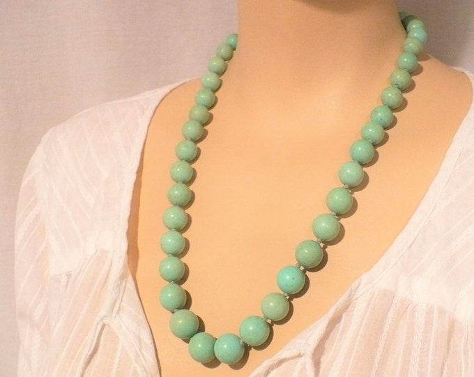 Vintage Natural Chinese Turquoise Graduated Bead Necklace 23 inch