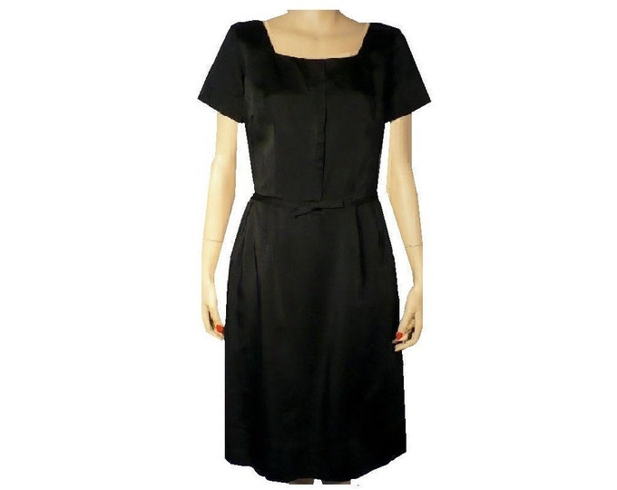 1950's Vintage Tailored Black Silk Sheath Dress