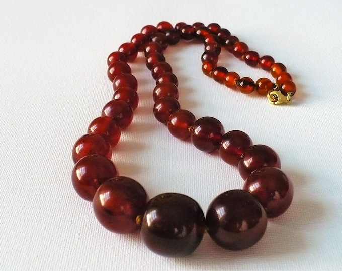 Simulated Amber Lucite Vintage Bead Necklace 25 inch
