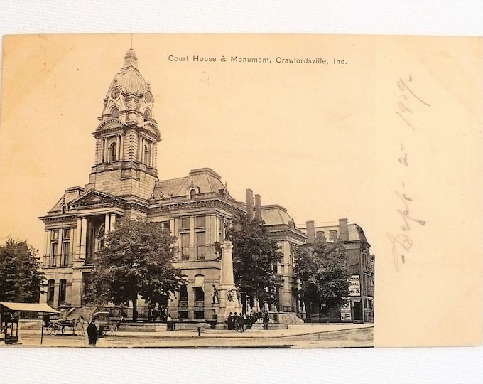 1909 Crawfordsville Indiana Court House Monument Vintage Postcard Posted