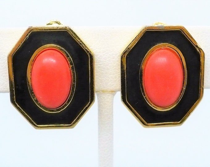 Givenchy 1977 Vintage Gold Clip Tone On Earrings