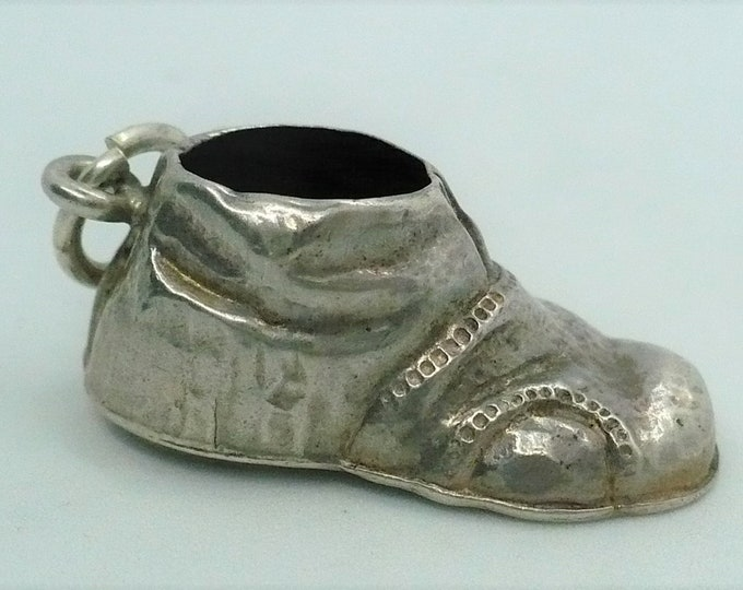 Shoe Charm Vintage  Silver Golashes Charm