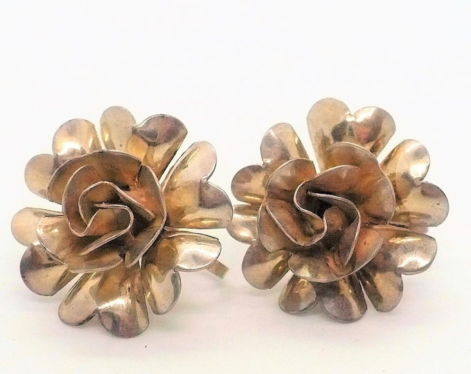 Sterling Flowers 1940's Vintage Screw Back Earrings