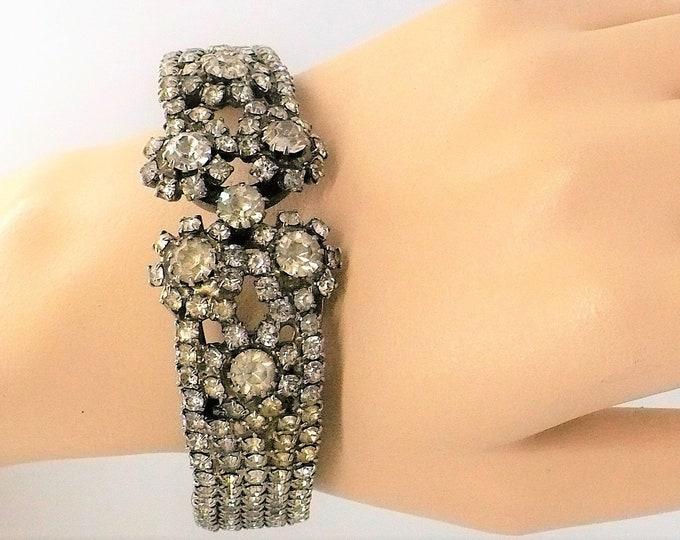 1960's Vintage Rhinestone Bangle Bracelet