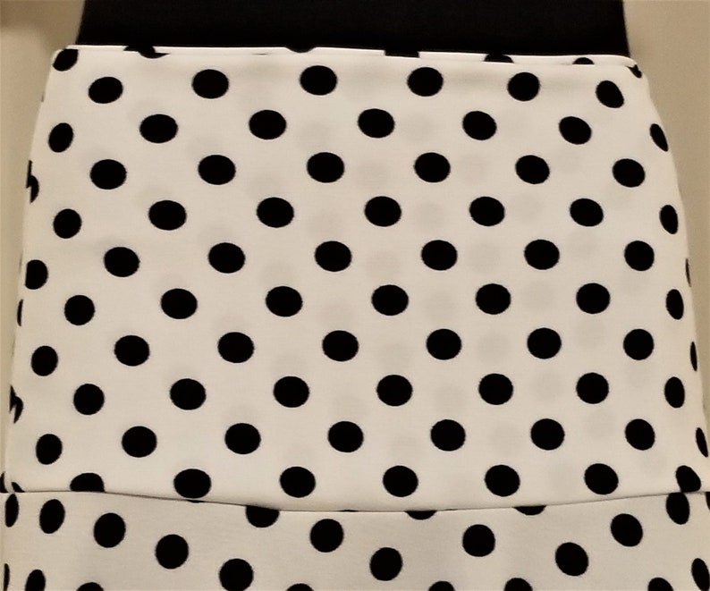 travel or leisure 38 ML Ladies/' retro black polka dots on white POLYESTER  Stretch Double Knit Jersey Maxi skirt for missionary