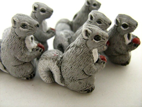 Peruvian Ceramic Cute Grey White Mouse Animal Focal Bead DIY Charm
