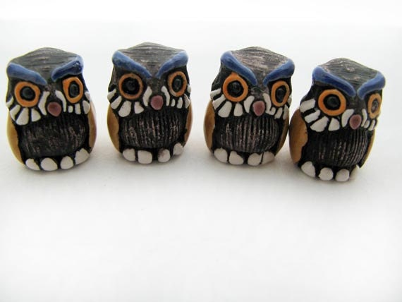 4 Large Cute Owl Beads - LG459