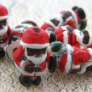 Now 50/% OFF Funny Face Santa Beads 10 Beads 34 x 12