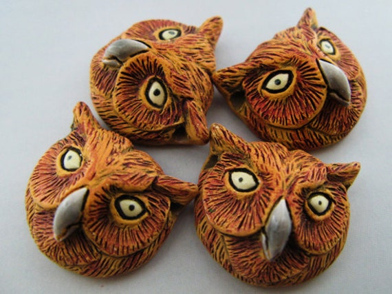 4 Large Owl Head Beads - brown